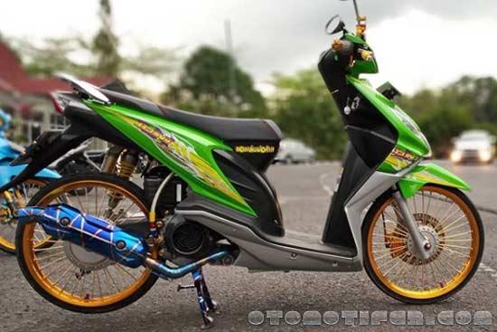 Modifikasi Motor Beat Thailook