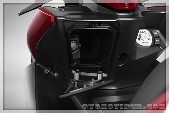 Fitur Yamaha Aerox 2019