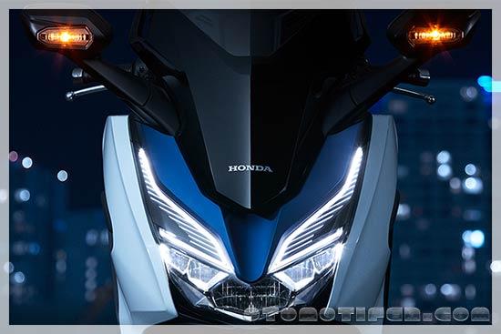Headlamp Forza 250