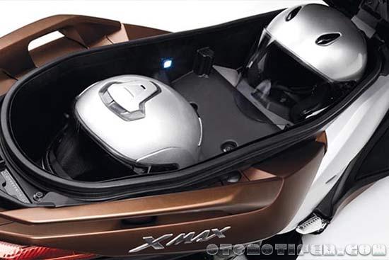 Bagasi Yamaha XMAX
