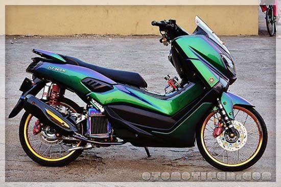 Yamaha Modifikasi Yamaha NMAX Ban Cacing